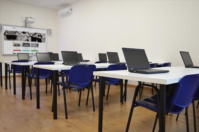 ictschool aula